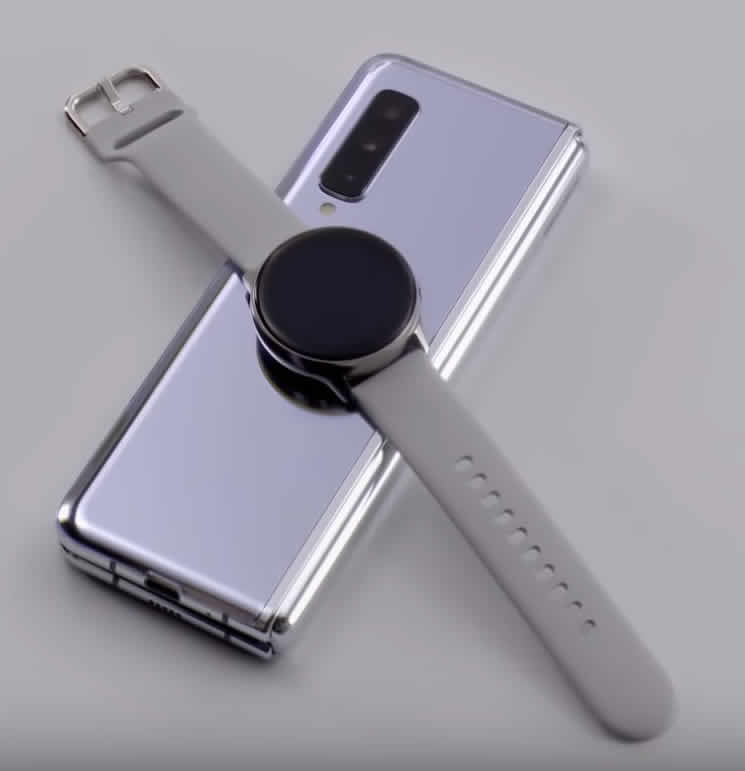 Charging a watch on an S10